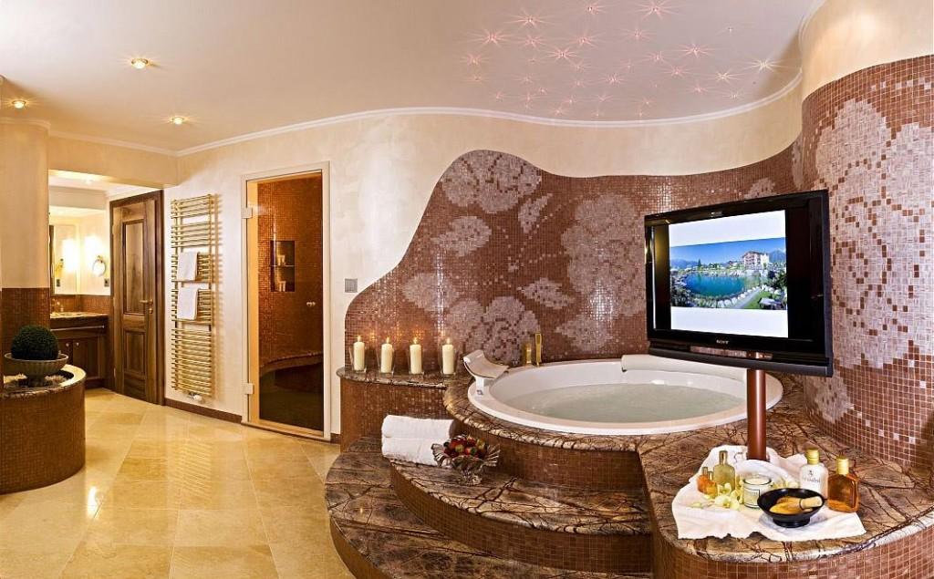 alpenresort schwarz wellness tempel mit whirlpoolzimmer. Black Bedroom Furniture Sets. Home Design Ideas