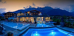 alpenresort-schwarz-whirlpool-hotel5